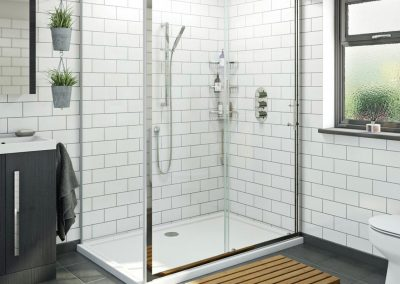 Double width shower cubicle